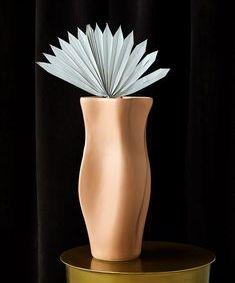 Nude Ceramic Curve Vase